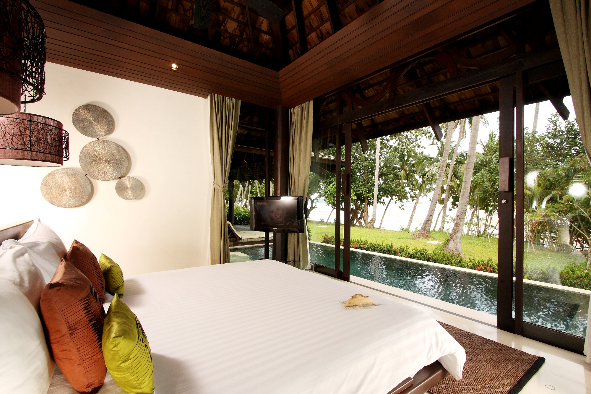 002_Vijitt_Pool_Villa-Bedroom_The_Vijitt_Resort_Phuket
